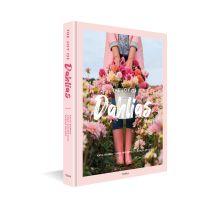 Dahlia Book